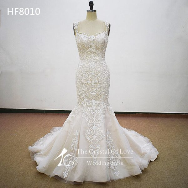embroidered-lace-wedding-dress