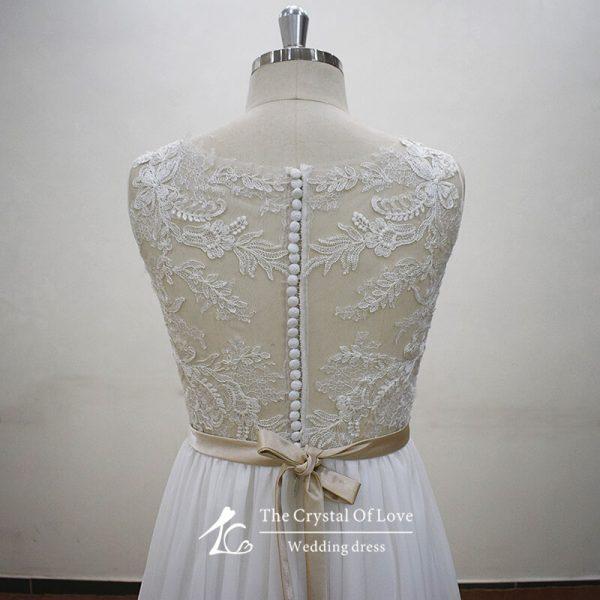 lace-beach-wedding-dress