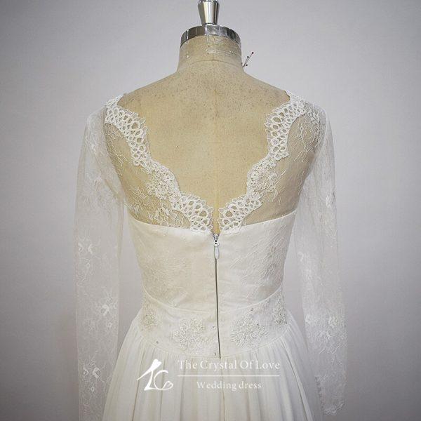long-sleeve-chiffon-wedding-dress